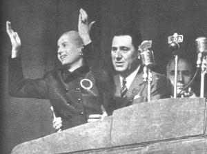 Peron_y_Eva_-_Acto_en_Plaza_de_Mayo_-17OCT1951[1]