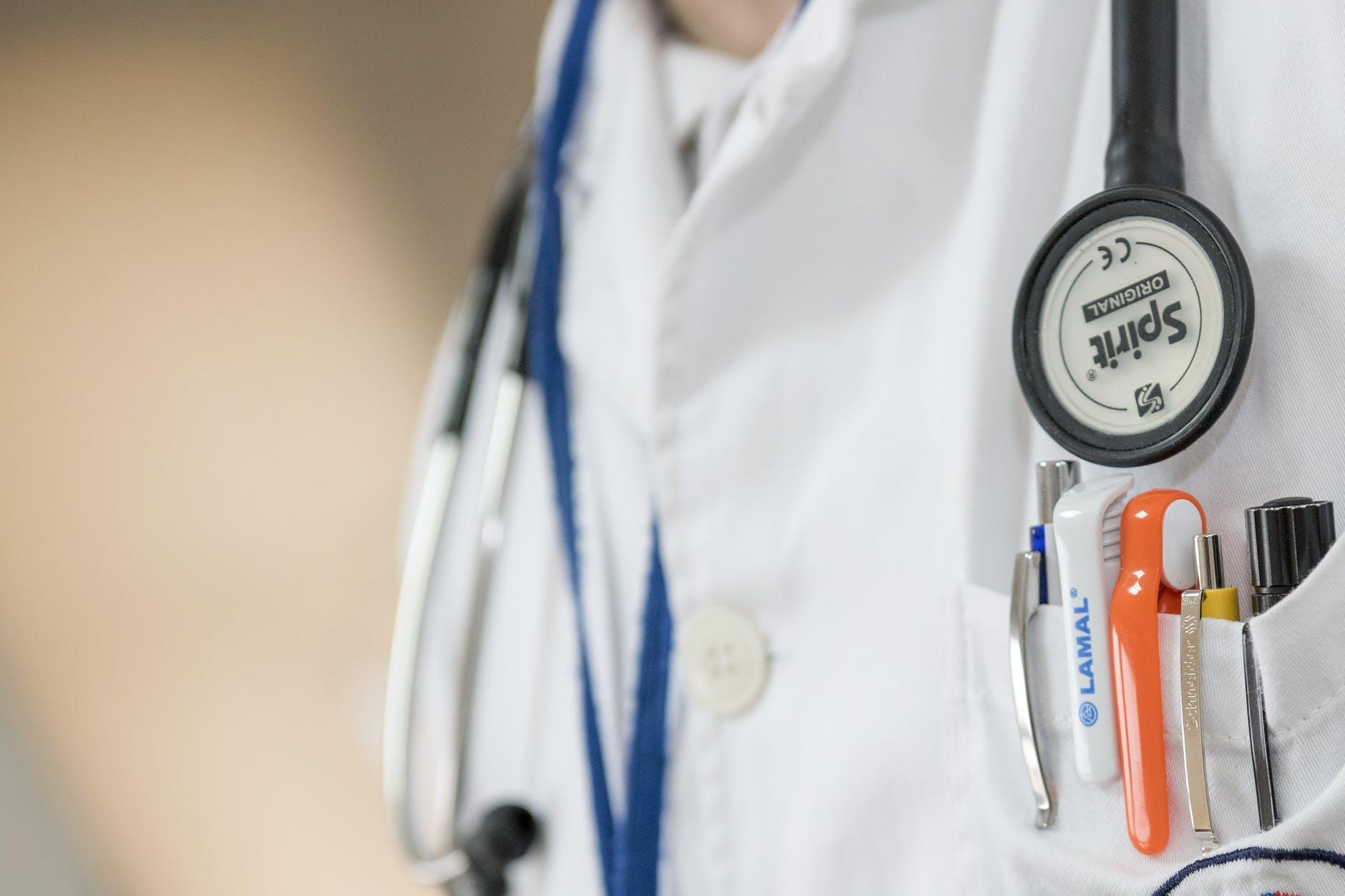doctor-medical-medicine-health-42273.jpeg